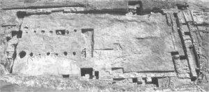 Planta de la mezquita hallada en la Finca el Fontanar (LUNA y ZAMORANO, 1997).